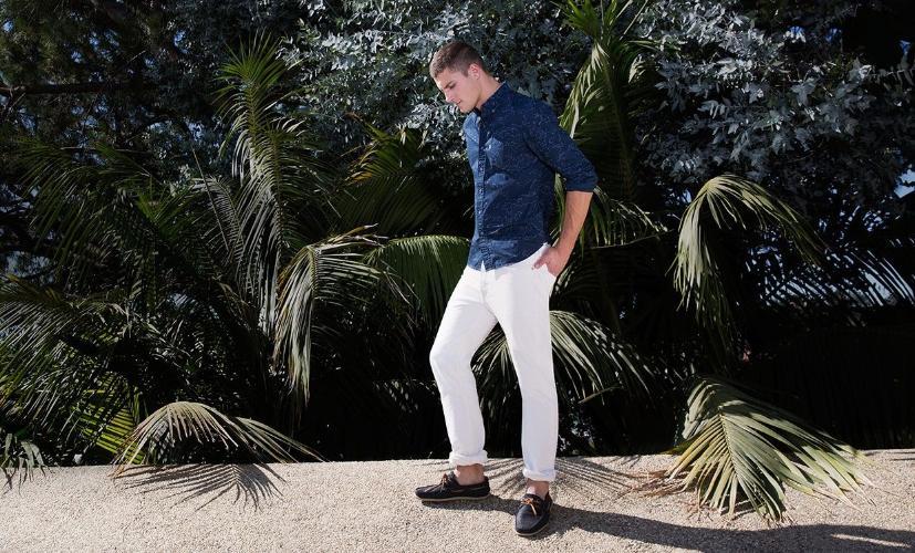 порезaнный джинсы